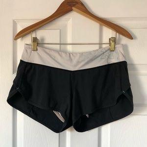 Lululemon Speed Shorts Black (main) sz6